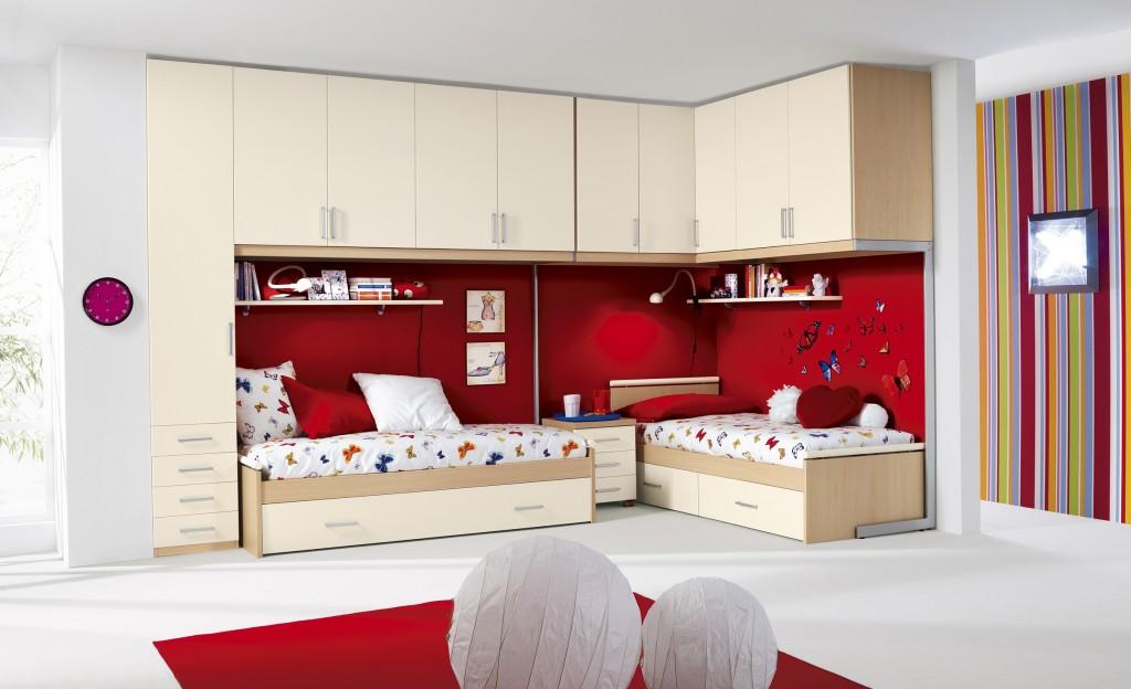 Giavoni arredamenti 6000 mq di showroom ti aspettano for Colori camerette